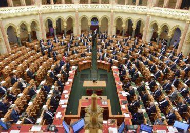Megszavazta a parlament az iskolaőrség létrehozásáról szóló törvényt