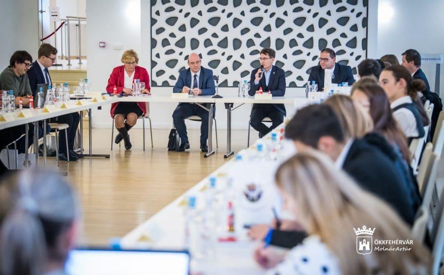 Járványhelyzet, érettségi – ülésezett az ODT
