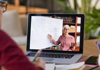 Február 1-ig biztosan marad a digitális oktatás